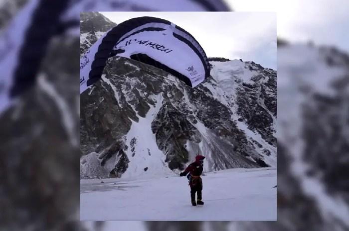 Il voulait bien s'élancer du sommet du K2 en parapente !