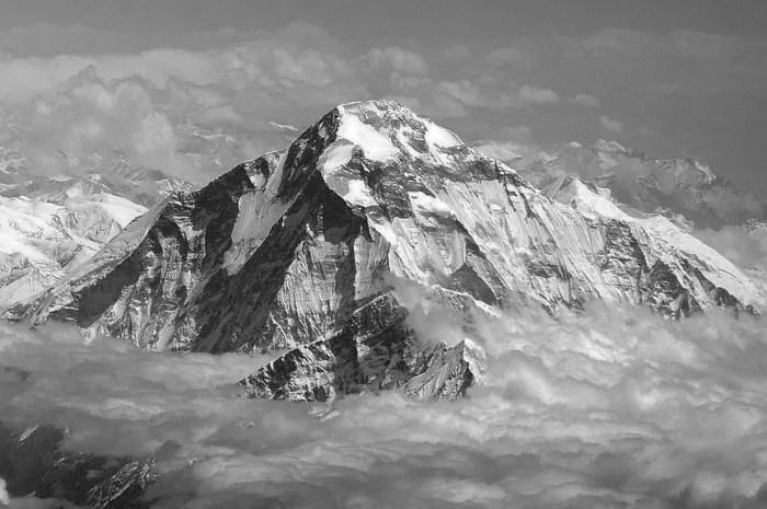 Avril 1969 : une avalanche meurtrière met fin à l'expédition au Dhaulagiri