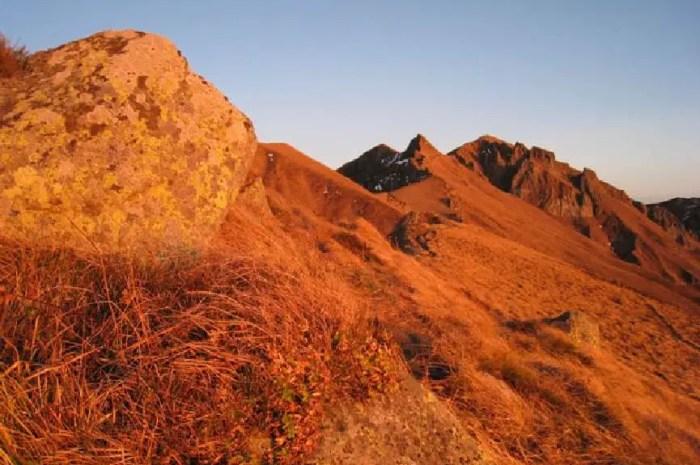 Le Conseil d'Etat dit oui à l'alpinisme hivernal dans la RNN de Chastreix-Sancy
