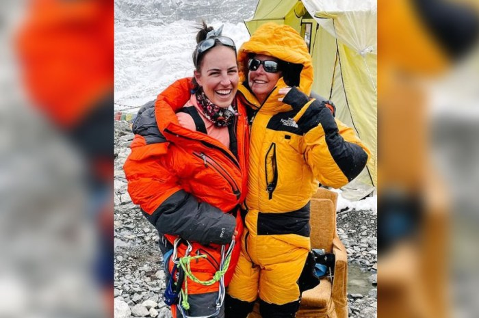 Remise d'un cancer, elle compte gravir l'Everest avec sa maman !