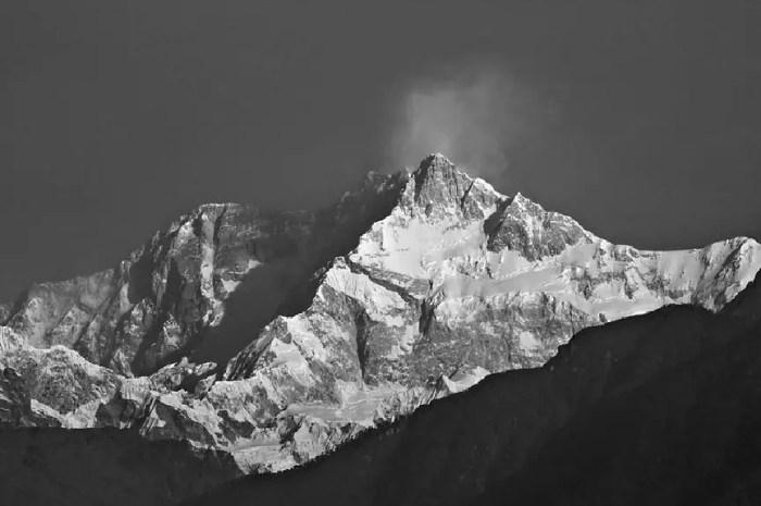 L'expédition allemande de 1929 au Kangchenjunga et son récit militaire