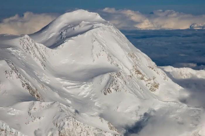 Les rangers dénoncent les alpinistes inconscients au Denali, 6.190 mètres