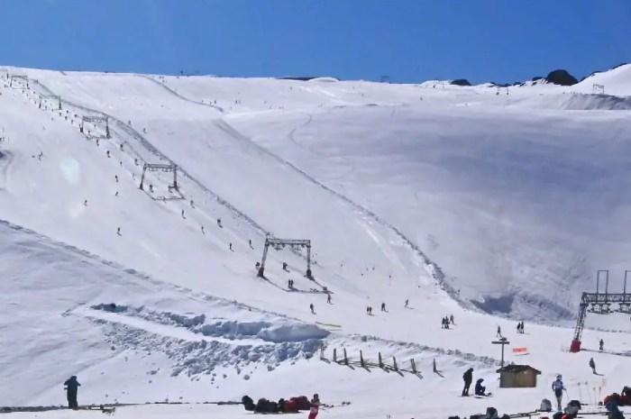 A vos skis ! Quelques pistes sont actuellement ouvertes en France !