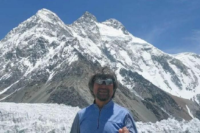 Il boucle l'ascension des 14 sommets de 8.000m et disparait dans une crevasse
