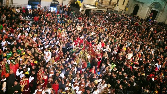 Giochi de le Porte Gualdo Tadino, chiusa isola ecologica e scuola il 23 settembre
