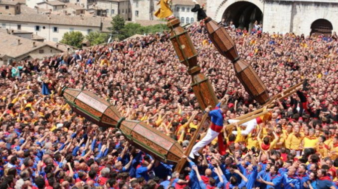 Alzata dei Ceri a Gubbio, 14 persone in ospedale a Branca