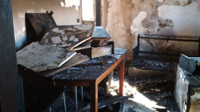 Incendio a Gualdo Tadino, 6 persone salve dai vigili del fuoco.