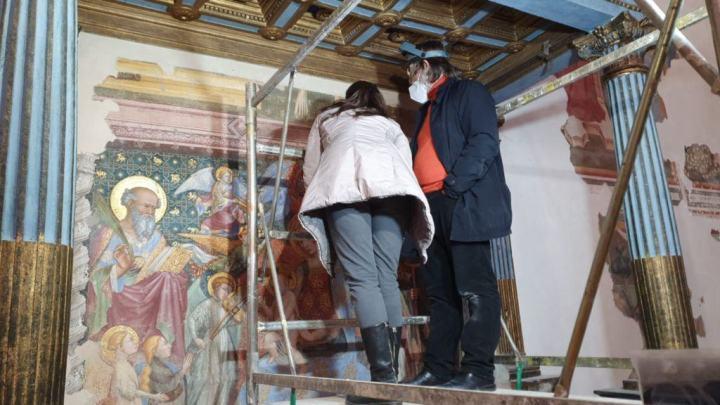 Gubbio: Un'equipe di storici svela in notturna i segreti del dipinto del Nelli