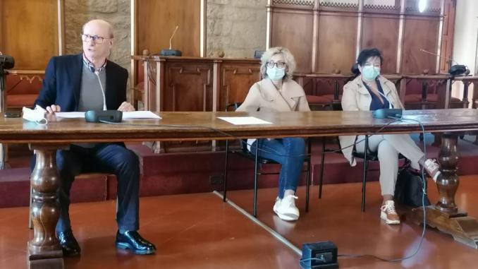 Covid - sindaco e sanitari: Casi in forte aumento serve responsabilità