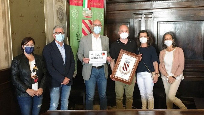 Donate 3000 mascherine FP2 all'Easp di Gualdo Tadino