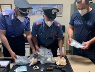Deteneva droga e pistola illegalmente arrestato dai carabinieri di Nocera Umbra