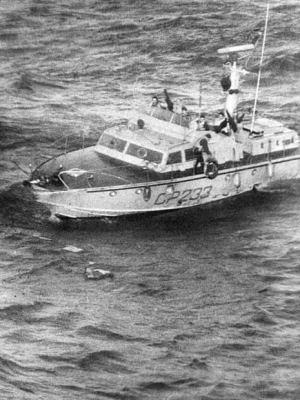 Intervento salvataggio 29 marittimi Genova 06/04/70