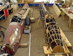 T108 strutture simmetriche dei due scafi