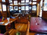 barca interno