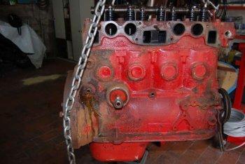 AQ 130 VP motore lato condotti aspirazione-scarico