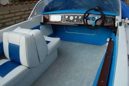 restauro della barca classica Sonny Vega 318