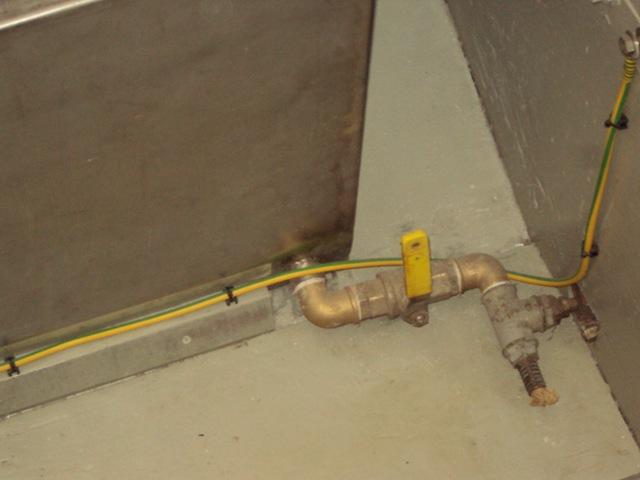 Valvola uscita serbatoi e impianto protezione elettrogalvanica