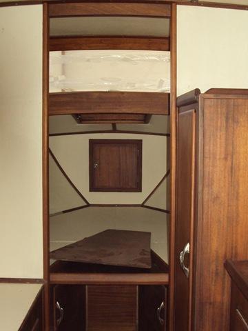 accesso cabina di prua