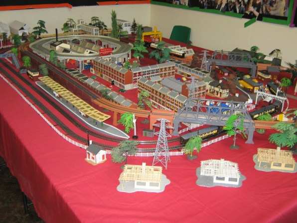 Model Land, displaying Tri-Ang Super 4