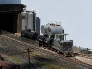 Tank cars are shunted into the Ewing Oil Depot
