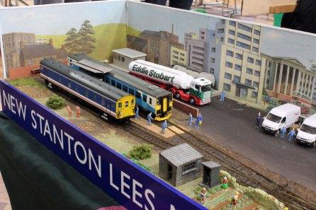 A pair of diesels on 'New Stanton Lees Mark 3'