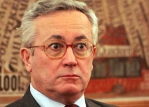Crosetto attacca Tremonti: la bozza di austerity è degna di una perizia psichiatrica