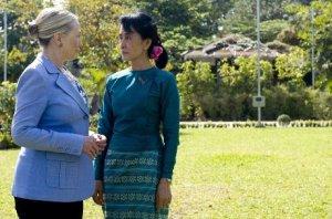 Birmania: Suu Kyi incontra la Clinton