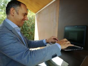 Il sindaco Luca Menesini si collega a Capannori Free