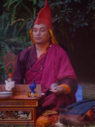 Giovedì 2 novembre ad Artémisia incontro con il Lama tibetano Machig Rinpoche
