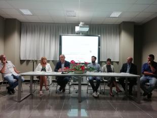 Il Menesini, l'assessore all'innovazione Miccichè e i partner del progetto