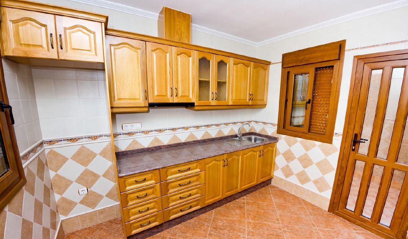 Muebles De Cocina En Torrevieja  Lakelouiseinfo
