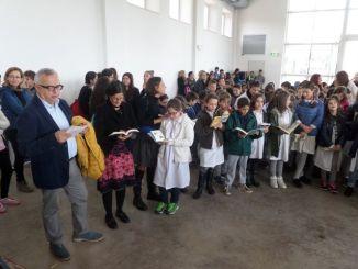 Flash mob studenti Umbertide a favore della lettura