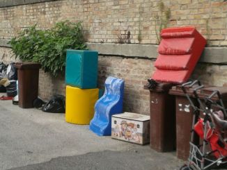 Abbandono rifiuti a San Giustino, problema decoro urbano