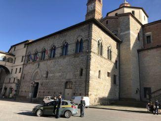 Lavoro in nero, denunciato titolare autolavaggio a Città di Castello