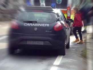 Ruba portafoglio ad ambulante, Carabinieri individuano il presunto autore