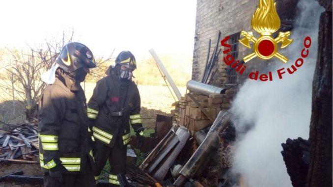 Incendio in falegnameria a Badiali nel giorno di Santa Barbara