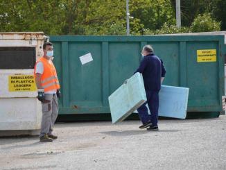"""Covid19 centri di raccolta dei rifiuti chiusi nei giorni dichiarati """"Zona Rossa"""""""