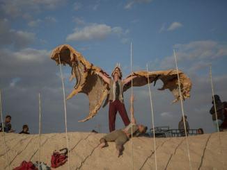 Sulla via del deserto celebrando Dante Alighieri, compagnia OPLAS