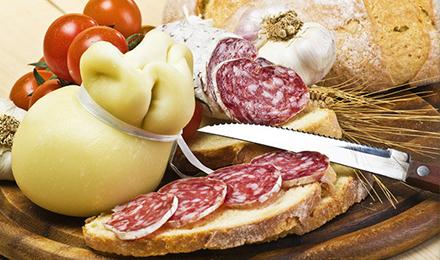 Allarme Coldiretti carne e formaggi di qualit a rischio