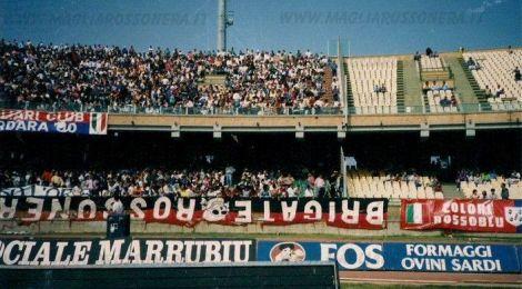 Fahne der Brigate Rossonere in Cagliari