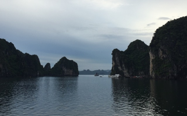 Halong-Bay-on-a-cloudy-day (Day 1)