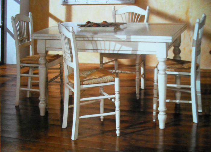 Fabbrica Sedie  Produzione di sedie poltrone pouff