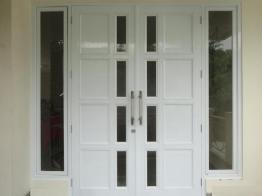 gambar pintu double aluminium 0
