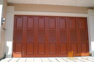 macam-macam pintu garasi minimalis