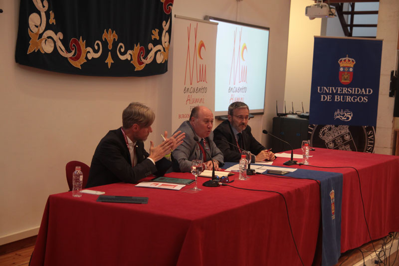 alumniespana_encuentro1