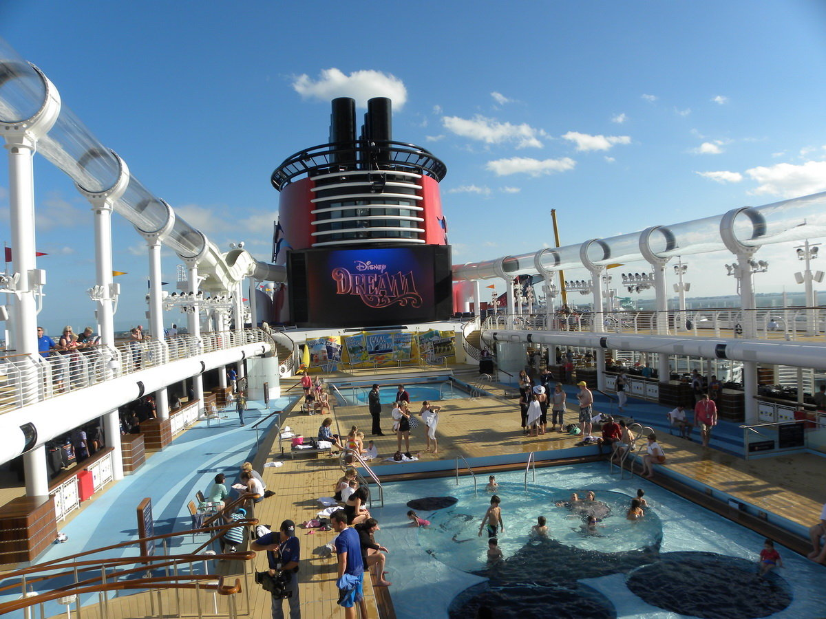 Most Luxurious Cruise Ships Top 5