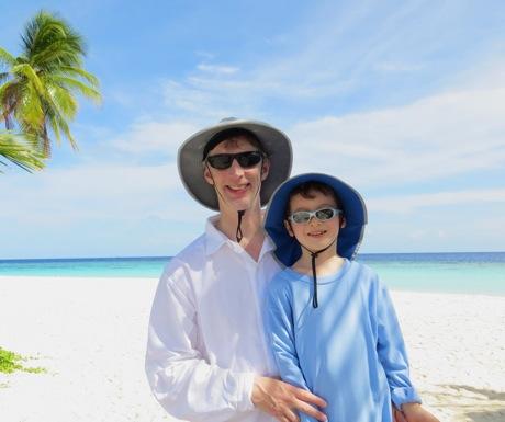 Clean Beach and Ocean - Park Hyatt Maldives