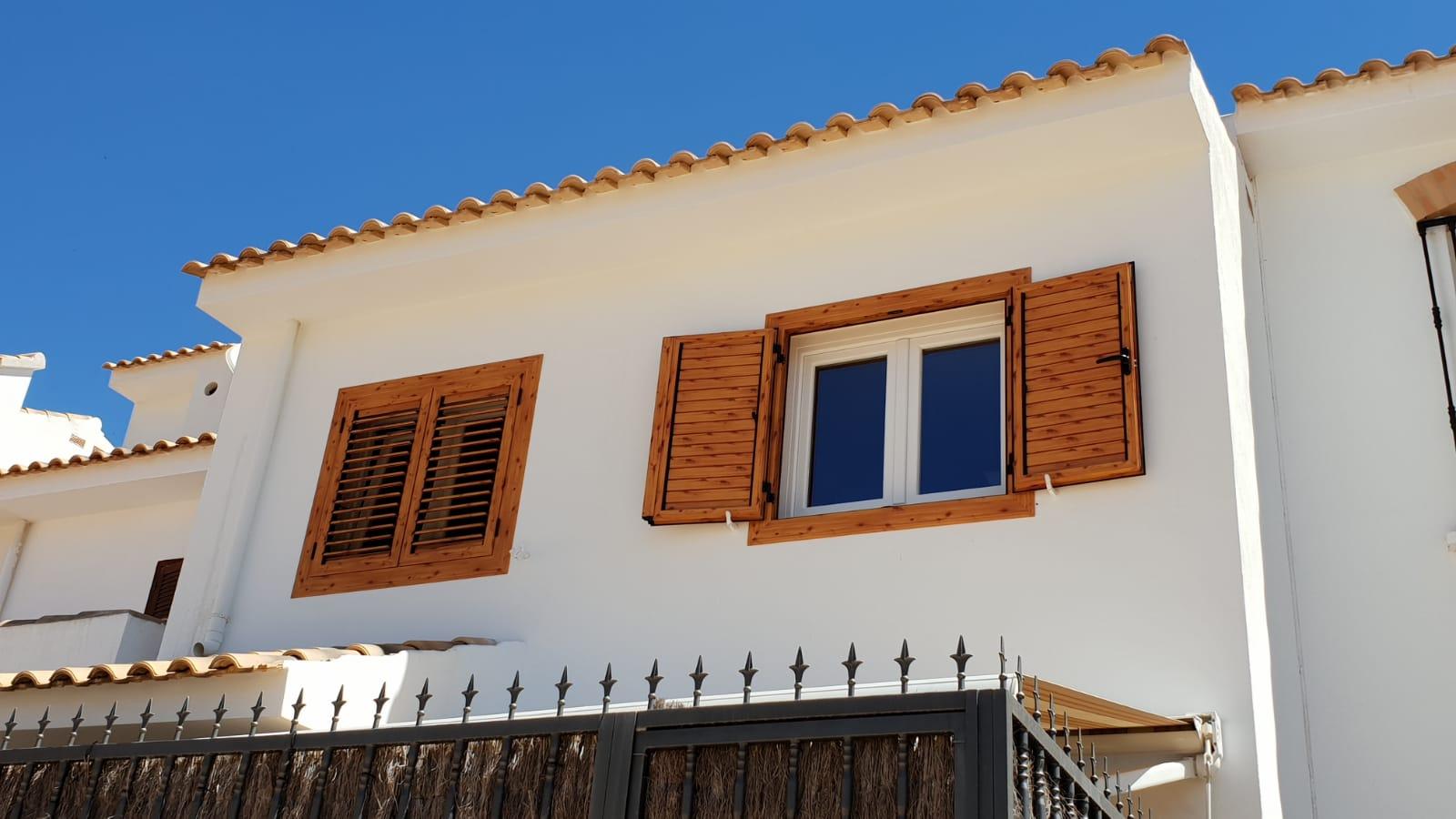 Instalaci n de ventanas de pvc y mallorquinas de aluminio - Precios ventanas pvc climalit ...