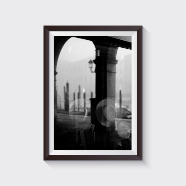 venice fine art print shop gondolier hat black and white