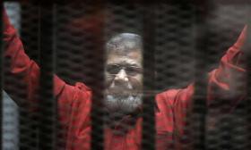 مصطفى بكري: علاقة قوية جمعت محمد مرسي بمحمود الزهار